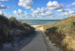 Dünenübergang (lotharmeyer) Tags: clouds gischt sea ocean water meer brandung wellen nature licht sky westenschouwen holland zeeland himmel strand sand