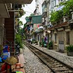 Hanoi Railway Alley thumbnail