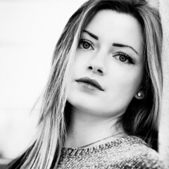 Anouk (liofoto) Tags: blackandwhite noiretblanc monochrome modèle model frenchmodel frenchgirl beautifulgirl beautiful eyes beautifuleyes naturallight portrait closeup regard face yeux