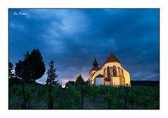Nuit bleue sur la chapelle (Rémi Marchand) Tags: chapelle nuit alsace dambach dambachlaville basrhin canon7d nuitbleue vigne paysage chapellesaintsébastien grandest
