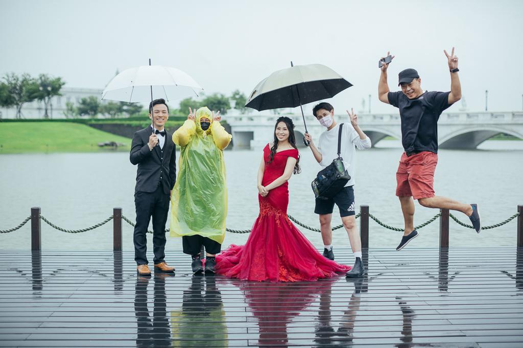 雨中婚紗  inblossom手工訂製婚紗