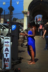 The girl in the blue dress (alestaleiro) Tags: candid street woman blue dress vanice california usa alestaleiro