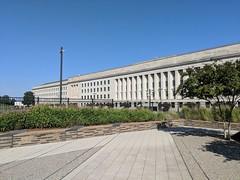 IMG_20180930_151649 (martin_kalfatovic) Tags: 2018 arlington 911 pentagon911memorial pentagon