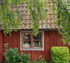 Traditional Swedish House (Tim Ravenscroft) Tags: house traditional eskilstuna sweden hasselblad hasselbladx1d