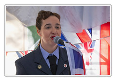 Christine from The Seatones (Seven_Wishes) Tags: newcastleupontyne tanfield tanfieldrailway canoneos5dmarkiv canonef70200f4lisii jo photoborder reenactment 1940sweekend people portrait music entertainment singer vocals uniform womeninuniform christine theseatones flag unionflag 2018 views2k
