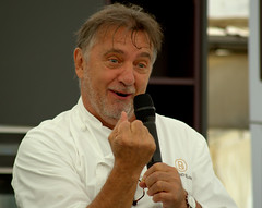 Celeb Chef Raymond Blanc (Tony Worrall) Tags: celebchefraymondblanc celeb chef raymond blanc foodfestival man demo event stage liverpool liverpoolfooddrinkfestival2018 buy sell sale item stock talk interview french frenchman fun speech speaking north northwest