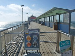 2018-09-17 Bournemouth.007 (Rock On Tom) Tags: bournemouth beachhuts shortbreak beach sand sun