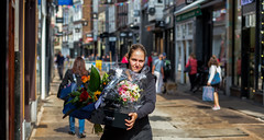 Flowers for everyone (zilverbat.) Tags: candid streetcandid streetphotography streetportrait timelife urbanlife zilverbat candidphotography streetlife straatfotografie straatfotograaf streetscene straatportret pin streetshot bokeh denhaag dutchholland flowers people portrait peopleinthecity portret peopleofthehague peopleinthestreet photography dutch dof canon citylife city cinematic centrum noordeinde thenetherlands town thehague tripadvisor travel tourism tour visit girl hofstad holland citytrip urban urbanvibes fleurop winkelstraat