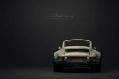 Singer Vehicle Design Porsche 911 New York (aJ Leong) Tags: singer vehicle design porsche 911 new york 118 gt spirit rob dickinson scale diecast model car classic vintage vehicles automobiles garage ajgarage faceontheroad scalemodel miniature
