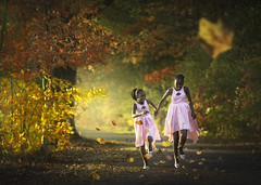 Indian summer (liesbet_sanders) Tags: amadoudelphine trouwen wedding marriage bridesmaids pink dress happy sweet girls jumping sisters autumn leaves colours magical light beautiful woods
