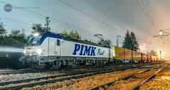 Next stop: Serbia (BackOnTrack Studios) Tags: pimk rail vectron 192 962 80 vakarel container shuttle serbia germany night photography siemens mobility bulgaria bulgarian railways