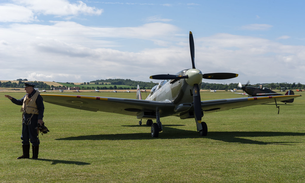 Supermarine Spitfire T.IX 1944