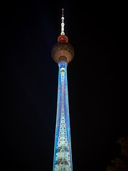 Fernsehturm Berlin (Ina Hain) Tags: olympusem5markii olympus berlinerderzukunft alexanderplatz lichtkunst projektion urban illumination lichter germany berlinmitte fol berlin festivaloflights fernsehturm