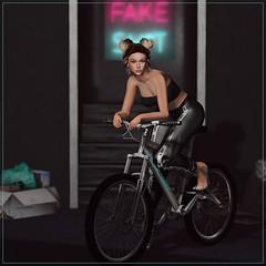 Bike Tour (Blaise Glendevon) Tags: foxcity focusposes lumipro lumiprohud catwa catwaamy maitreya maitreyalara glamaffair alaskametro emarie lamb thesaturdaysale fiftylindenfriday osmia n21 reign backdropcity