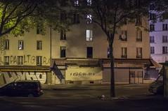 . (Le Cercle Rouge) Tags: paris france night nuit barbèsrochechouart 75018 graff graffiti flop tag handstyle painters