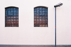two windows and a streetlamp (ro_ha_becker) Tags: film analogue rollei35germany agfavistaplus200 meinfilmlab architecture minimalarchitecture architektur abstractarchitecture minimal fenster