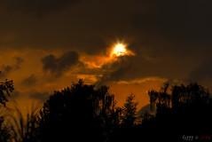 Dark Sunset (fs999) Tags: 100iso fs999 fschneider aficionados zinzins pentaxist pentaxian pentax k1 pentaxk1 fullframe justpentax flickrlovers ashotadayorso topqualityimage topqualityimageonly artcafe pentaxart corel paintshop paintshoppro 2018ultimate paintshoppro2018ultimate coucher soleil sun sunset sonne sonnenuntergang crépuscule dusk abenddämmerung pentaxda200mmf28edsdm da200 dastar sdm 200mm f28