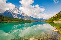 Waterfowl lake (Sean X. Liu) Tags: waterfowllake banffnationalpark banff alberta landscape reflection mountain rockymountains canadianrockies canada