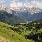 Passo di Sella (2240m), Canazei, Val di Fassa, province de Trente, Trentin-Haut Adige, Italie. thumbnail