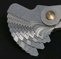 Contafiletti/ Pitch gauge (Pioppo67) Tags: canon 80d sigma105mm macromondays measurement contafiletti strumenti tools screwpitchgauge