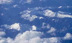 Flying over the snow capped mountains... (The Pocket Rocket, On and Off.) Tags: northisland newzealand