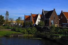 Wateringse Veld: a suburb in The Hague (davidvankeulen) Tags: europe europa denhaag thehague metropoolrotterdamdenhaag metropolerotterdamdenhaag stadsdeelescamp escamp wateringseveld binnentuinen wonen living landelijkwonen countryliving davidvankeulen davidvankeulennl davidcvankeulen urbandc subirb stadsdeel buitenwijk rijswijk