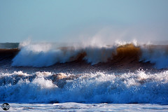 wave in action (deonthomas_powell) Tags: waves giant huge rolling surf foam