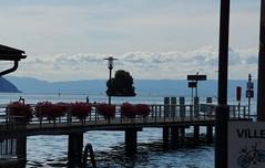Aan de pier. (limburgs_heksje) Tags: zwitserland schweiz swiss meervangeneve genfersee chillon grens