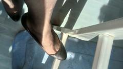 DSC_0506 (grandmacaon) Tags: highheels hautstalons toescleavage talonsaiguille lowcut lowcutshoes sexyheels stilettos
