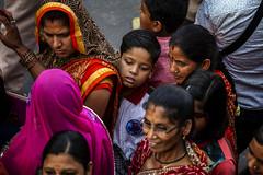 "Gangaur Festival Spectators Arrive, Jaipur (El-Branden Brazil) Tags: jaipur asia gangaur ""gangaur festival"" festival india indian asian ""south asia"" rajasthan hindu hinduism"