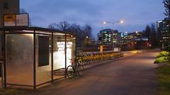 2018 Bike 180: Day 245, November 5 (olmofin) Tags: 2018bike180 finland bicyclee polkupyörä citybike kaupnkipyörä bikeshare espoo leppävaara bus stop pysäkki linjaautpysäkkki street katu lumix 20mm f17