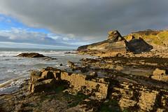 Broadhaven beach (Pixelkids) Tags: wales broadhaven beach rocks cliffs sea bay abendlicht clouds landschaft felsen meer bucht küste himmel