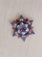 12-pointed star, designed by  Peter Keller (Orizuka) Tags: star peterkeller origami hexagon