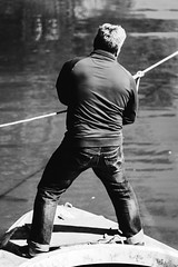 P.Q. (hernandtorres) Tags: work trabajo persona hombre man men balckandwhite blancoynegro monocromo documental inspire boat