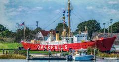 Light ship Overfall (Flight of life) Tags: overfall lightship lighthouse delaware ship dock