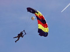 REME Lightning Bolts Army Parachute Display Team (Nigel Musgrove-2.5 million views-thank you!) Tags: haang reme lightning bolts army parachute display team british royal electrical mechanical engineers cotswold airport revival kemble saturday 29 september 2018