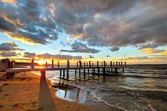 Cloudy Sunset (Vyc_Majoris) Tags: cloud cloudy sunset beach autumn sea deck v30 smartphone lg ultrawide wideangle