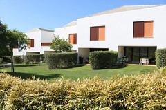 Pine Cliffs | Algarve (First On Business Consulting) Tags: pinecliffs luxury algarve townhouse villa spa private beach resort portugal golf google first onfirst on bcana m207swimming pool canon terraces
