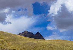 The sky over the Altiplano / Небо над Альтиплано (Vladimir Zhdanov) Tags: travel peru nature landscape andes altiplano mountains mountain mountainside sky cloud rock