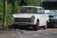 1970 Peugeot 404 DM-38-63 (Stollie1) Tags: 1970 peugeot 404 dm3863 arnhem