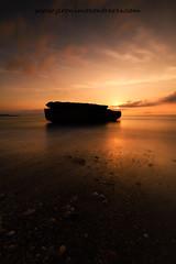 Playa de La Galera, Aguilas (ser-y-star) Tags: lagalera playa largaexposicion aguilas murcia parquenatural cabocope puntasdecalnegre amanecer islote costa agua nubes fotografía color relax tranquilidad mañana