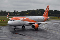 G-EZOX A320-214 Easyjet (eigjb) Tags: luton airport eggw ltn london jet transport airliner aviation aircraft airplane plane spotting 2018 a320214 easyjet airbus 20th years anniversary livery 20 gezox special colours