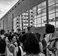 DSC08851 (O KDUKO) Tags: sonyilce3000 street pessoas protesto araraquara blackandwhite blackandwhitephotography pictureoftheday blackandwhitephoto photography bnwcaptures monochrome monochromatic bw bwstyles artgallery visualart bwphotooftheday photoshoot bwstyleoftheday aesthetics streetphotography arts