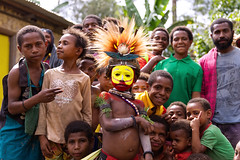 Welcome to my village (Jojje Olsson) Tags: png papuanewguinea asia pacific tribes tribal nature highlands mountains culture