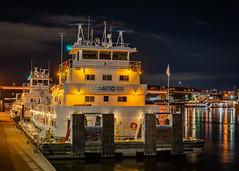 Roberta Tabor (mtuswan) Tags: adm americanrivertransportationcompany artco coraldawn mn mississippiriver robertatabor stpaul towboat