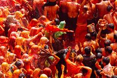 Playing Holi in Shri Dauji Temple, Uttar Pradesh (AdamCohn) Tags: 017kmtobaldevinuttarpradeshindia abeer adamcohn baldev chhabria india shridaujitemple uttarpradesh colors geo:lat=27408358 geo:lon=77821916 geotagged gulal holi play wwwadamcohncom अबीर गुलाल baldeo