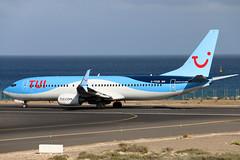 G-FDZB (GH@BHD) Tags: gfdzb boeing 737 738 737800 b737 b738 by tom tui tuiairways thomsonairways ace gcrr arrecifeairport arrecife lanzarote airliner aircraft aviation