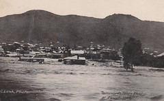 TAMWORTH AT FLOOD TIME, TAMWORTH, N.S.W. - 1911 (Aussie~mobs) Tags: cleak tamworth flood houses homes inundation devastation vintage australia newsouthwales 1911 aussiemobs