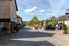 Day stop at Najac, Averyon, France (doublejeopardy) Tags: najac castle building timbreframed house averyron architecture village france aveyron fr