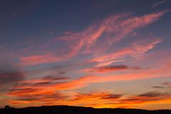 Derniers feux (last glimpse of sunset) (Larch) Tags: sunset coucherdusoleil ciel sky gruissan aude france sud south nuage cloud couleur color derniersfeux summer été landscape scenery dusk twilight